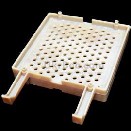 Cartridge case of Jenter's honeycomb,